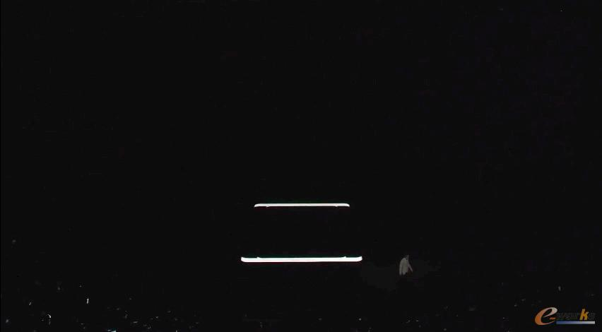 """Galaxy Note8面世,""""三维立体""""发布会传递怎样的信号?"""